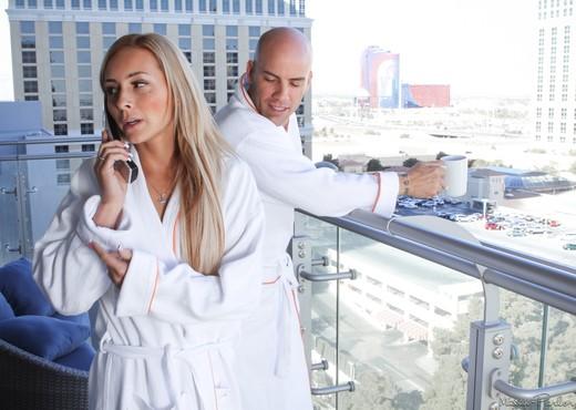Nikki Seven, Raven Bay - Couples Massage - Fantasy Massage - Hardcore Hot Gallery