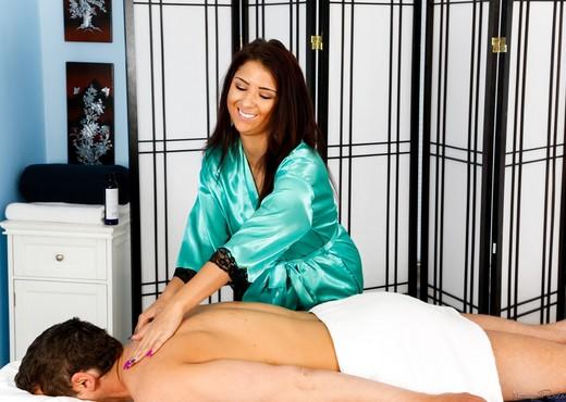 Evi Fox, Mac Turner - Secret Garden - Fantasy Massage - Hardcore Nude Gallery