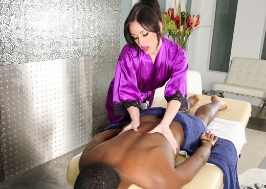 Jennifer White - A Good Decision - Fantasy Massage - Hardcore Image Gallery