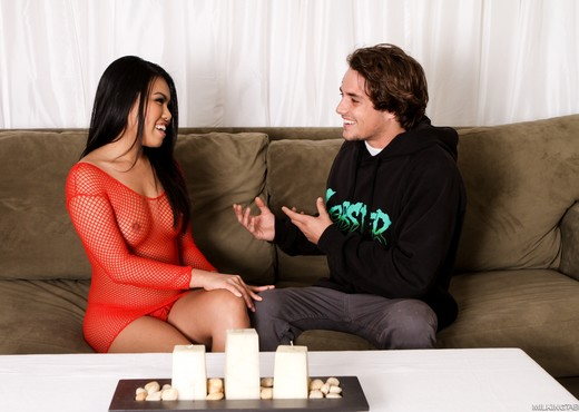 Cindy Starfall And Tyler Nixon - Fantasy Massage - Asian Nude Pics