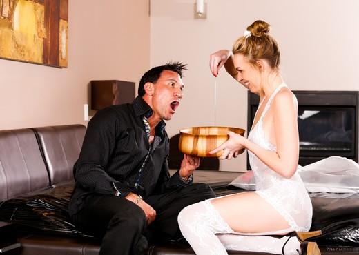Keira Nicole - Birthday Massage - Fantasy Massage - Hardcore Porn Gallery