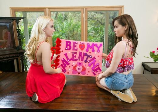 Kasey Warner, Samantha Rone - My Lesbian Valentine - Lesbian Nude Pics