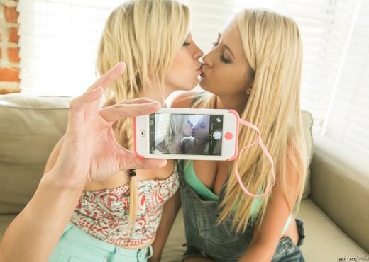 Tara Morgan, Mandy Armani - Skateboard Beach Babes - Lesbian Porn Gallery
