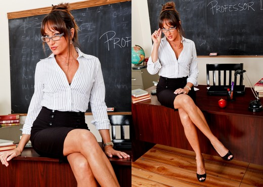 Michelle Lay - The Teacher Volume 03 - Hardcore Picture Gallery