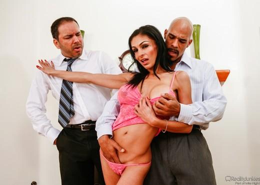 Persia Pele - Mom's Cuckold - Hardcore Porn Gallery