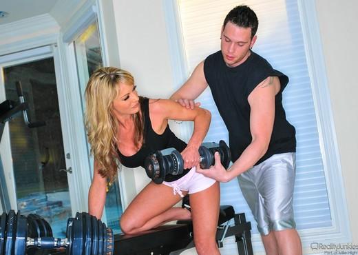 Shayla Laveaux - Cougar's Prey - Hardcore Sexy Photo Gallery