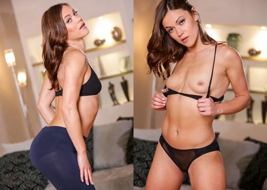 Ryan Keely, Alyssa Reece - Lesbian Analingus #02 - Lesbian Hot Gallery
