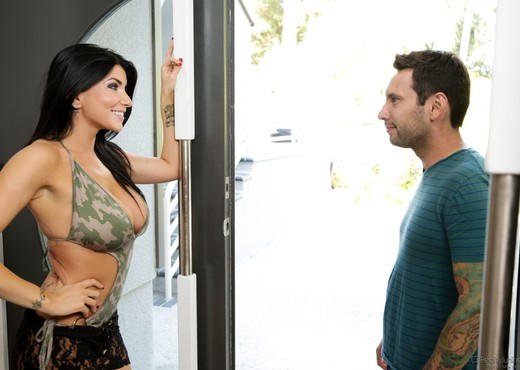 Romi Rain - MILFs Seeking Boys #05 - Hardcore Picture Gallery