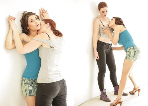 Raven Rockette, Jodi Taylor - Tombois #02 - Lesbian Nude Pics