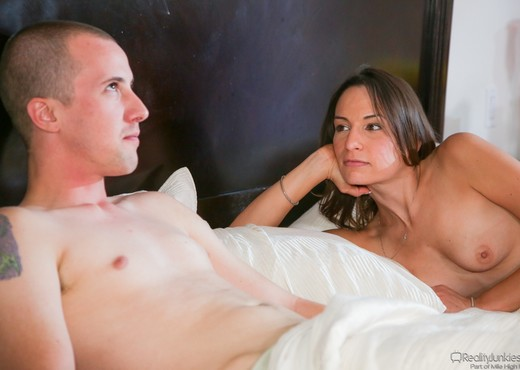 Amber Rayne - DP My Wife With Me #03 - Hardcore Picture Gallery