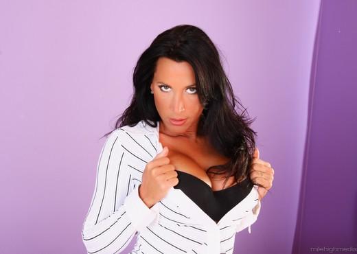 Lezley Zen - Cock Craving Cougars #02 - Hardcore Porn Gallery
