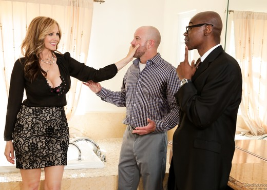 Julia Ann - Mom's Cuckold #15 - Interracial Sexy Photo Gallery