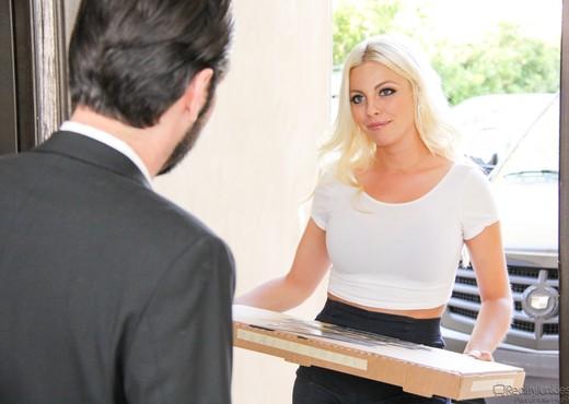 Britney Amber - Big Tit Fantasies #03 - Hardcore HD Gallery