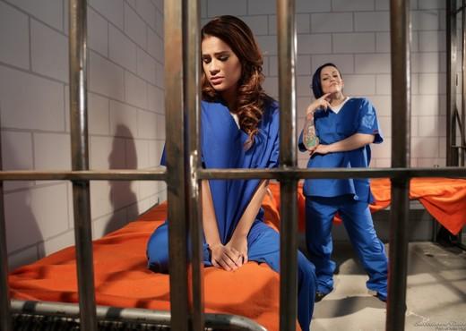 Vanessa Veracruz, Rizzo Ford - Prison Lesbians #02 - Lesbian Porn Gallery