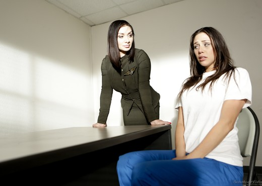 Lea Lexis, Anna Morna - Prison Lesbians #03 - Lesbian Sexy Gallery