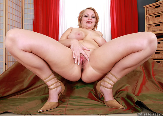 Sandy, Marilyn - Dirty Young Dykes - White Ghetto - Lesbian Hot Gallery