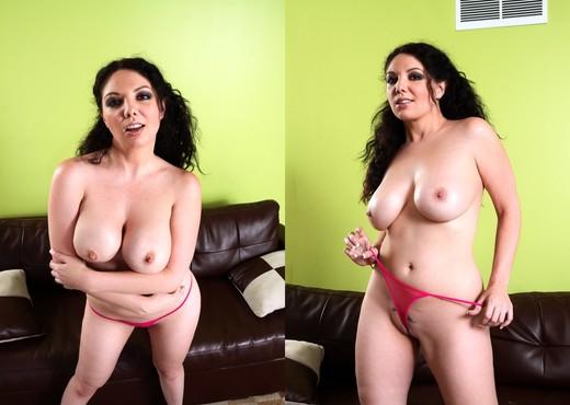 Kiki Daire - Forbidden Family Affairs - Hardcore Porn Gallery