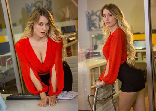Natalia Starr Is The Business Woman You Want To Know - Solo Image Gallery