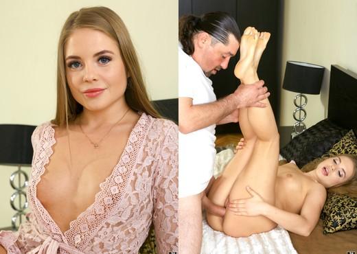 Alessandra Jane - Alessandra's Peach - 21Sextreme - Hardcore Sexy Gallery
