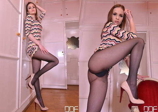 The Breathtaker - Brunette Austrian Foot Lover Licks Shoes - Feet Nude Gallery