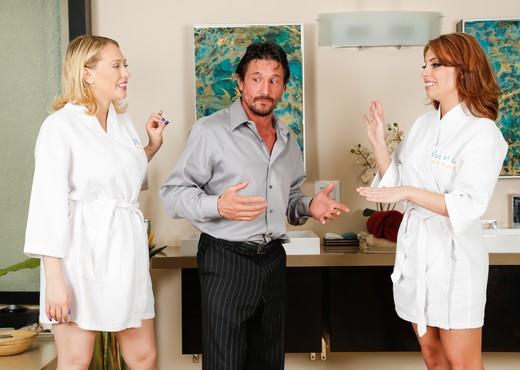 Kagney Linn Karter, Britney Amber - Family Nuru - Hardcore Porn Gallery