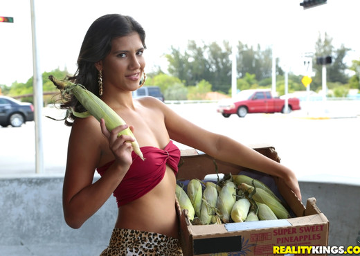Victoria Valencia - Dick On The Cob - 8th Street Latinas - Latina Nude Pics