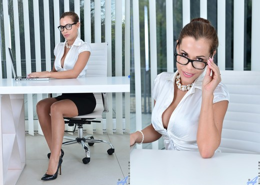 Satin Bloom - Office Masturbation - MILF Sexy Gallery