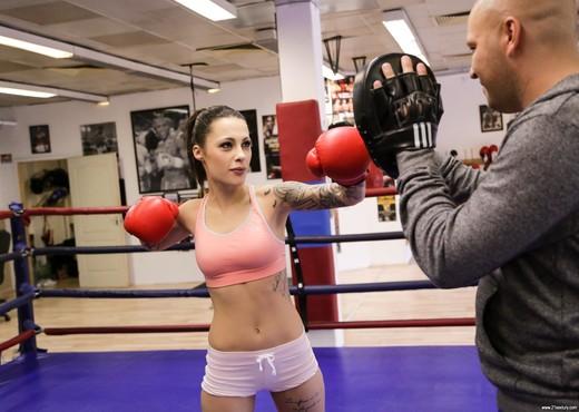 Nikita Bellucci - Nikkita's New Trainer - 21Sextury - Anal TGP