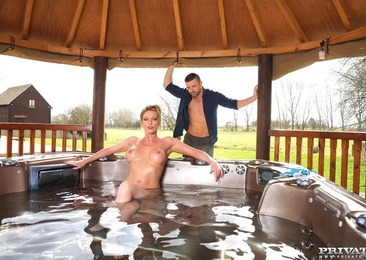 Busty Blonde Milf Holly Kiss Gets Wet & Wild in a Jacuzzi - MILF Sexy Photo Gallery