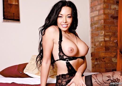 Asian Sensation Rio Lee Trials a Big Hard Cock - Private - Asian Porn Gallery