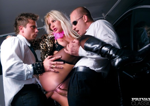 Blondie Kathy Anderson Enjoys a DP Session - Hardcore Sexy Photo Gallery