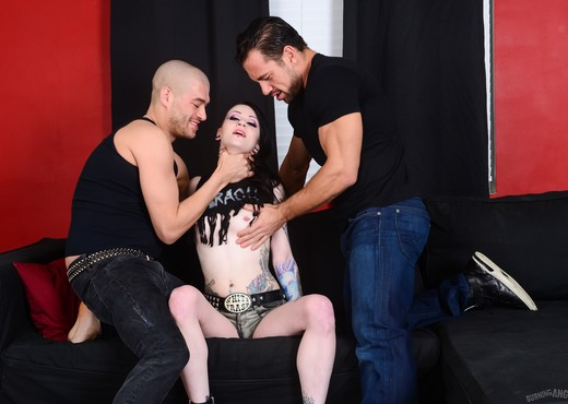 Mallory Maneater Double Penetration - Burning Angel - Hardcore Picture Gallery