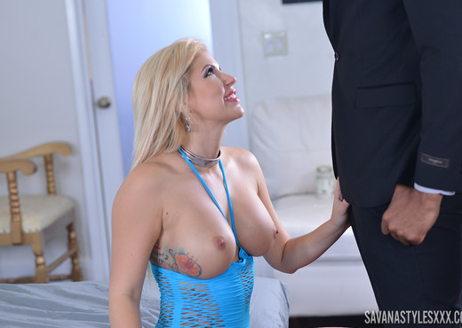 Savana Styles in BBC Down My Throat - Blowjob Sexy Photo Gallery