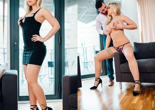 Karlie Simon - Stay With Me - Daring Sex - Hardcore TGP