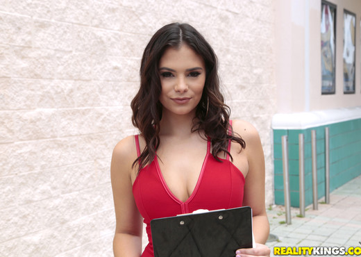 Violet Starr - Starr Quality - 8th Street Latinas - Latina Image Gallery