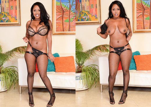 Layton Benton - 36DDDs and A Deep Throat! - Evil Angel - Ebony Nude Gallery