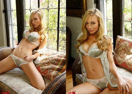 Kayden Kross - Window Light - Solo Nude Gallery