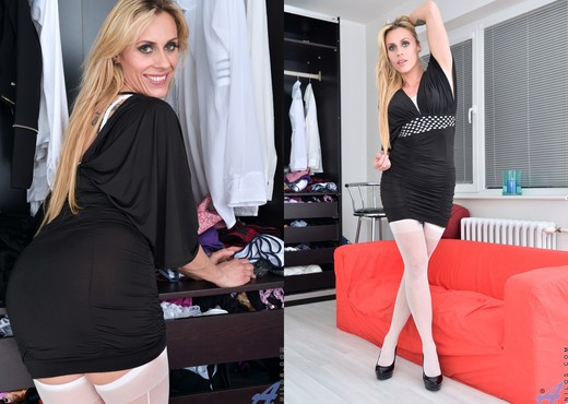 Brittany Bardot - Dressed To Impress - MILF Sexy Photo Gallery