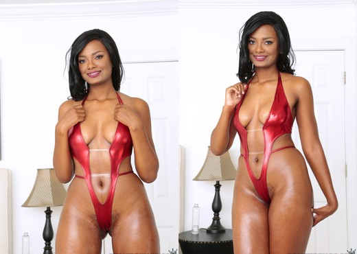 Peyton Sweet - Oh So Sweet - Round And Brown - Ebony Picture Gallery