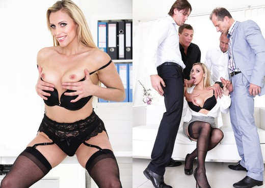 Brittany Bardot - 4 on 1 Gang Bangs #08 - Doghouse Digital - Hardcore Sexy Photo Gallery