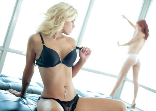 Elle Alexandra, Jessa Rhodes - High Rise - Nubile Films - Lesbian Sexy Gallery