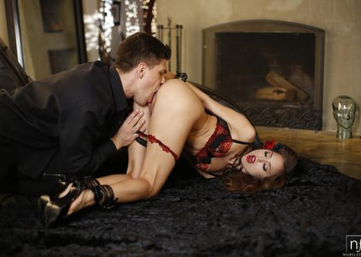 Riley Reid - All Of Me - Nubile Films - Hardcore Nude Gallery