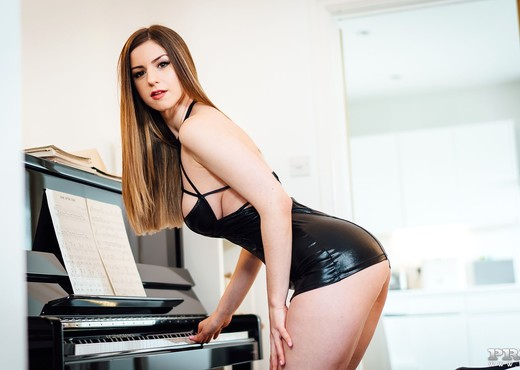 Stella Cox Loves to Get Cum On Her Big Tits - Private - Hardcore Nude Gallery