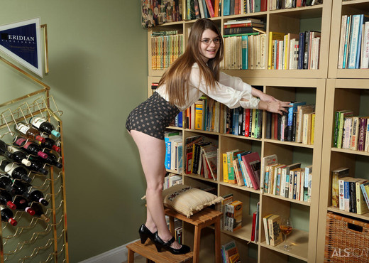 Alice March - Librarian - ALS Scan - Solo Sexy Gallery