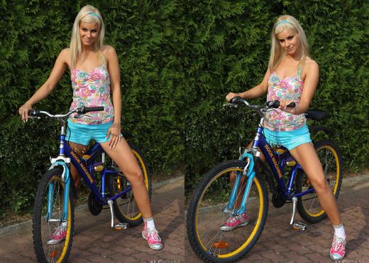Bridget Brooke - Nude Cyclist - ALS Scan - Solo Image Gallery