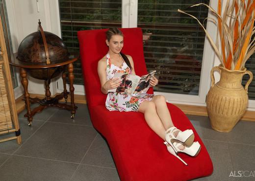 Iwia, Timea Bella - Love Pocket - ALS Scan - Lesbian Image Gallery