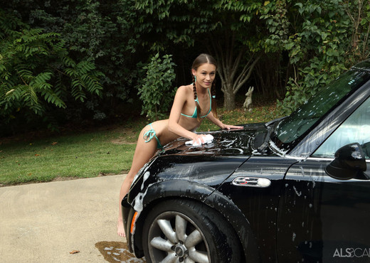 Kacy Lane - Car Wash - ALS Scan - Solo Porn Gallery