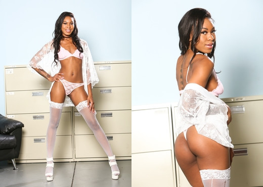 Nadia Jay - I Like Black Girls #02 - Devil's Film - Ebony Image Gallery