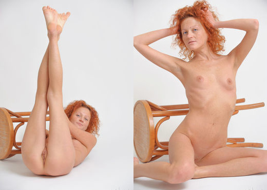 Natalie Red - Simplicity 2 - Erotic Beauty - Solo Picture Gallery
