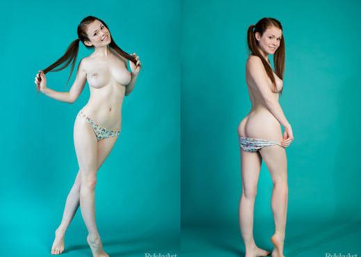 Estelle - Astes - Rylsky Art - Solo Sexy Photo Gallery